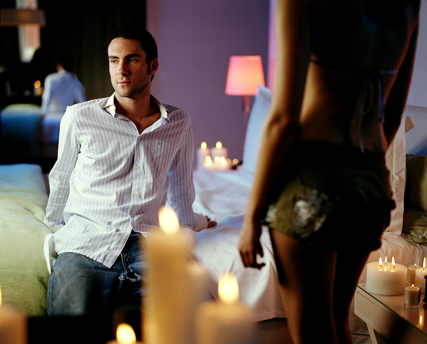 25-70-Adam-Levine-in-Room